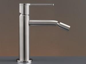 Cea Innovo rubinetto bidet monocomando con bocca orientabile INV02