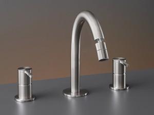 Cea Innovo rubinetto bidet 3 fori con bocca orientabile INV44