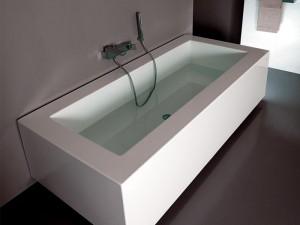 Zucchetti Kos Grande vasca da bagno idromassaggio a parete